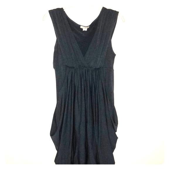 Dresses & Skirts - Gray sleeveless dress